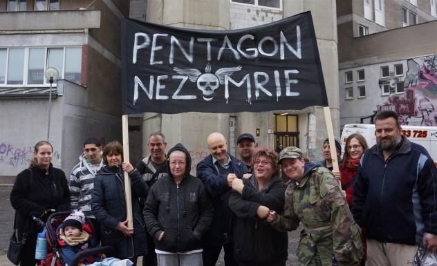 Pentagon nezomiera